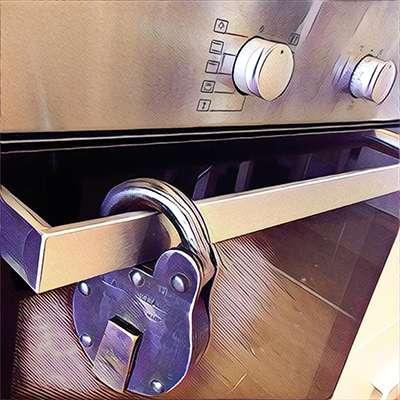Lock on oven