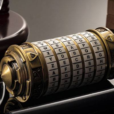Cup rotating cipher box cryptex