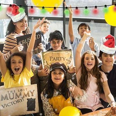 lost-mummy-children-victory-balloons-400x400-5-christmas