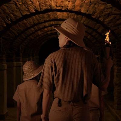 Lost mummy children in tomb
